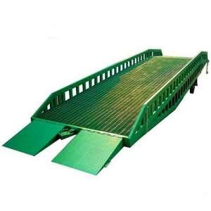 jembatan untuk masuk kontainer